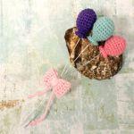 http://pinkmouseboutique1.blogspot.com.es/2016/01/tiny-crochet-balloons.html