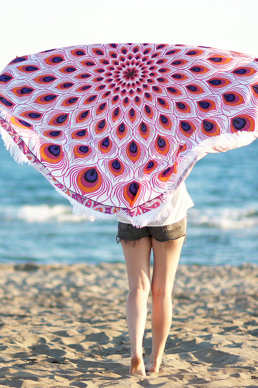5 ways to make yourself a beach towel