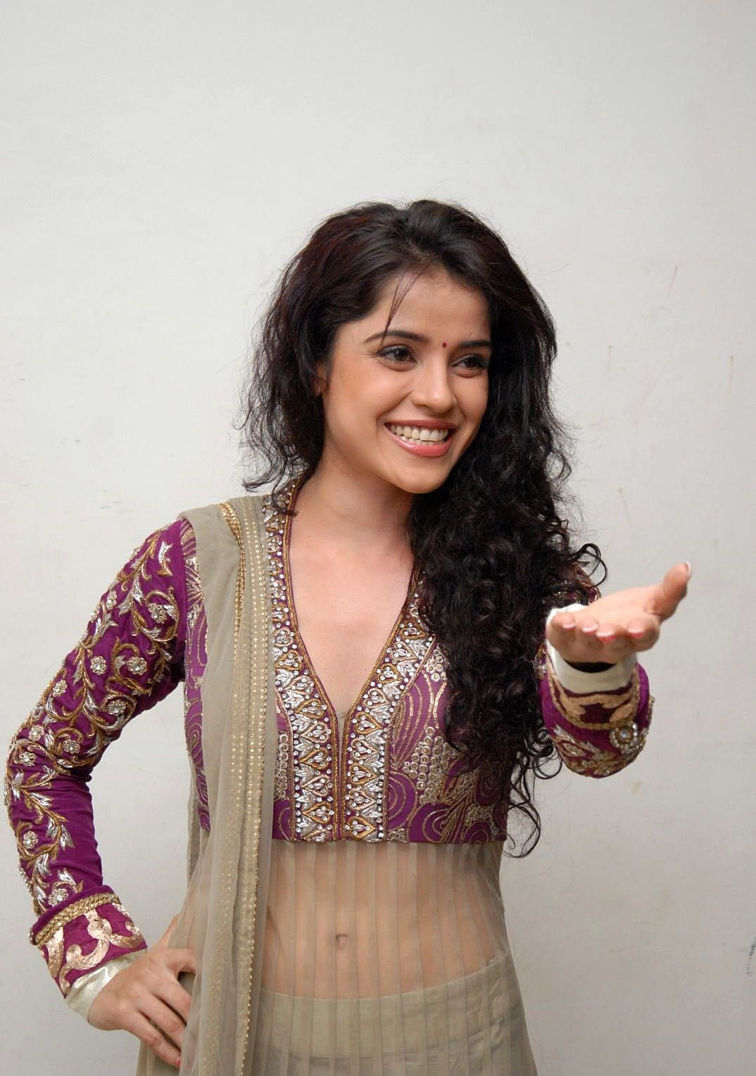 Piaa bajpai transparent gahgra choli spicy innocent beauty beautiful pics