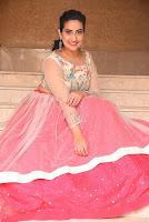 Anchor Manjusha Glam Stills HeyAndhra.com