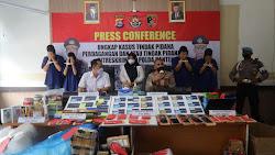 Polisi Tangkap Empat Penjual dan Pembeli Online Shop Fiktif di Tangerang