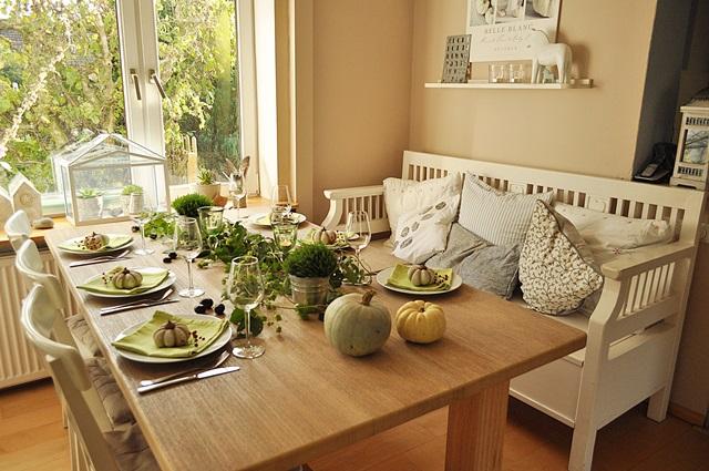 wenn g ste kommen herbstliche tischdeko mit beton k rbissen smillas wohngef hl. Black Bedroom Furniture Sets. Home Design Ideas
