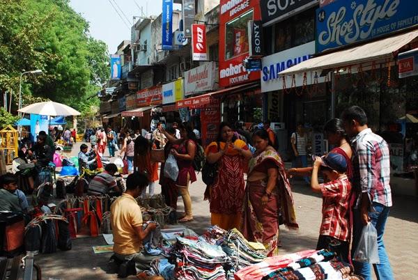 Motley Delhi Steal A Deal At Sarojini Nagar