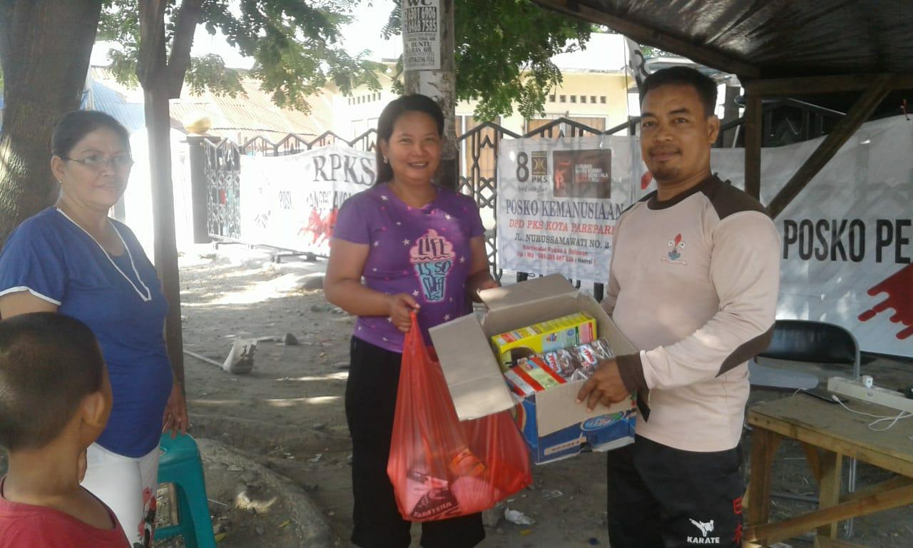 Pernyataan Polos Dua Orang Nasrani Saat Datangi Posko Bantuan PKS di Palu
