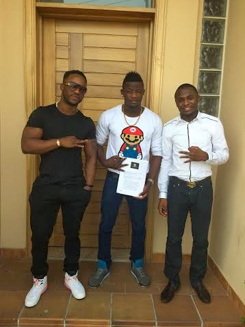 It's OFFICIAL : Iyanya's Made Men Music Group Finally Signs Selebobo