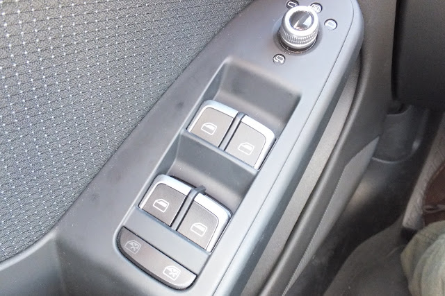 audi-a5-interior-window-switch