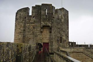Una de las 6 torres de Aigües-Mortes.
