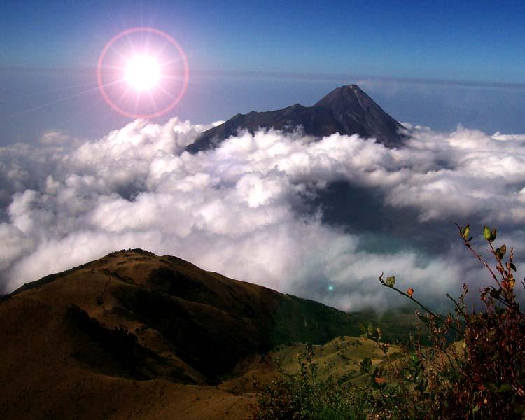 Gunung Merbabu | JawaTengah - Raja Alam Indah