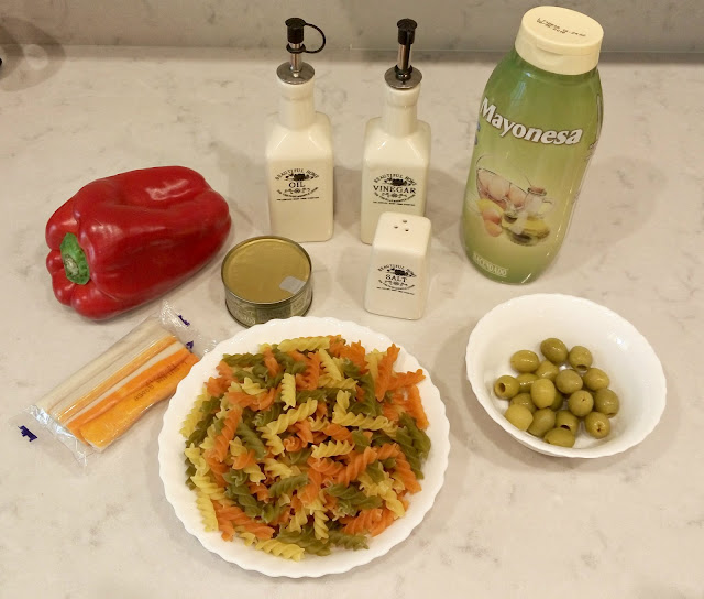 Ingredientes- ensalada-de-pasta-fusilli