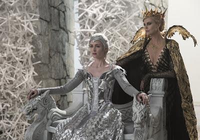Cena do filme O Caçador e a Rainha do Gelo  (Universal TV)