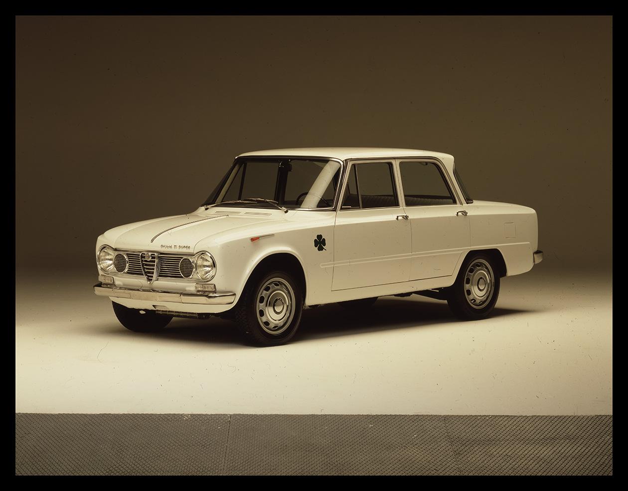 Giulia%2BTI%2BSuper Δεν γνωρίζεις τι εστί Alfa Romeo άμα δεν γνωρίζεις την ιστορία της Alfa, alfa romeo, Alfa Romeo Soul, Alfisti, Giulia, Heritage, museoalfaromeo, videos, zblog