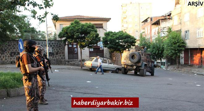 Li Diyarbekirê operasyona PKKê: 4 binçavî