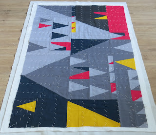 Luna Lovequilts - How I choose a quilting design - Picture with deformation