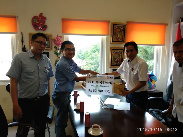 Karyawan PT OKI Pulp and Paper Salurkan Donasi Gempa Palu