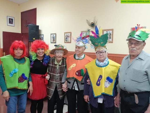 El Centro de Día, la Residencia de Mayores y la Escuela Infantil de Tijarafe celebran el Carnaval