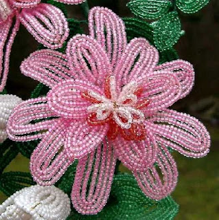 Flower in the Garden bead design