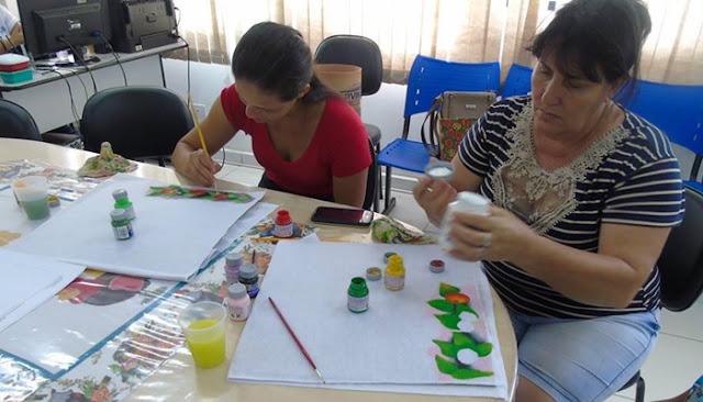 Iretama: Ação Social oferece curso de técnicas de pinturas em tecido