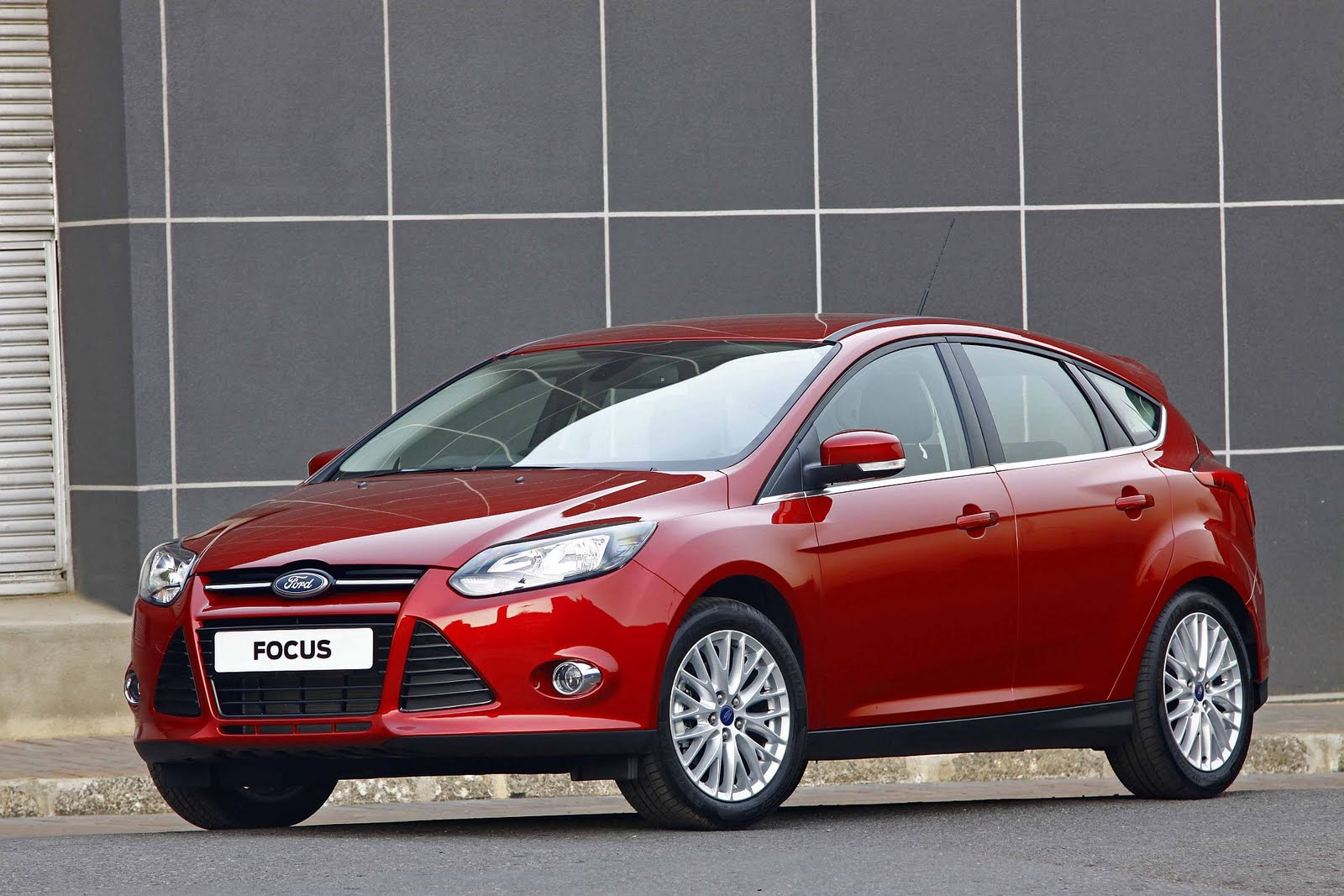 in4ride all new 2011 ford focus is at your dealership. Black Bedroom Furniture Sets. Home Design Ideas