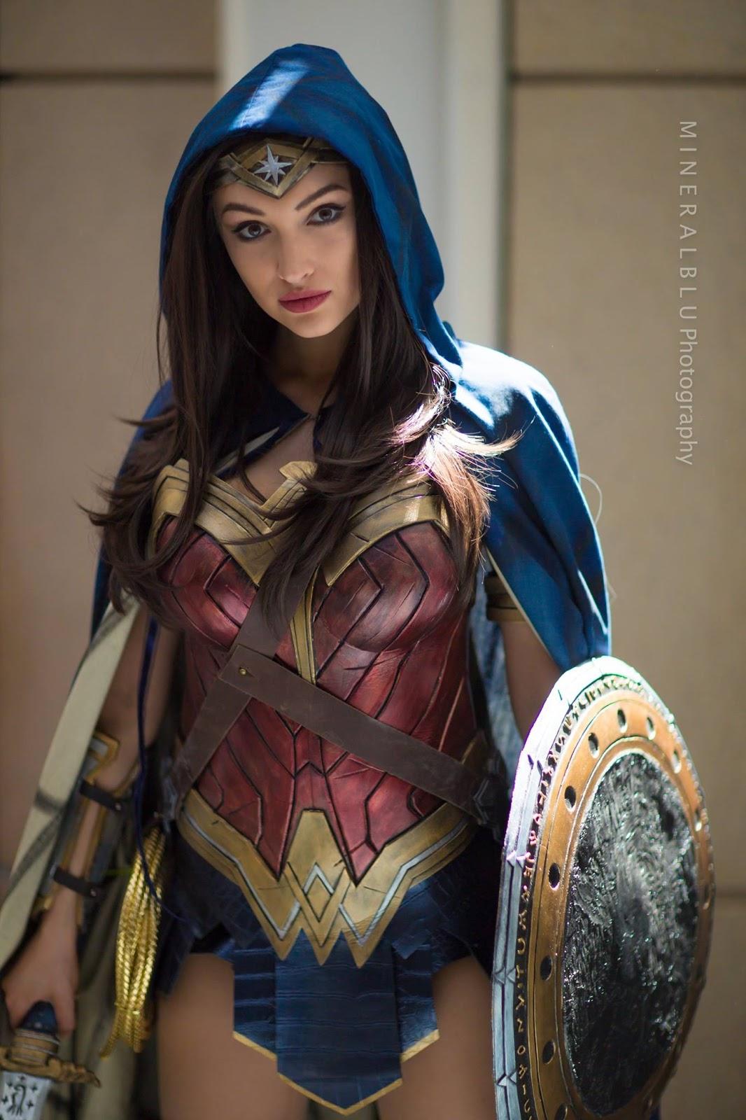 Sexy Wonder Woman Costume Video