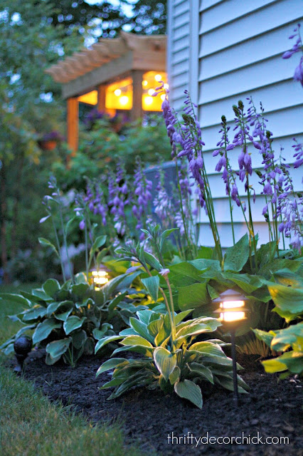 how to install landscaping lights