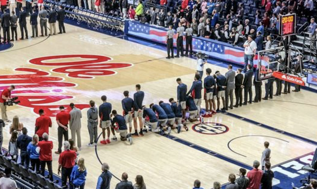 Ole Miss basketball players kneel during national anthem on day of pro-Confederate rally