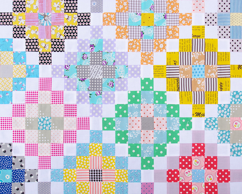 Many Trips Around the World Quilt - Work in Progress | © Red Pepper Quilts 2017