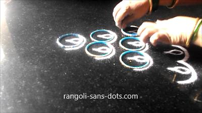 Diya-rangoli-with-bangles-1211ac.jpg