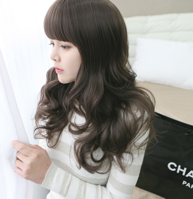 Korean Fashion Beauty Wig - Loving You Color Chocolate Brown Model 2