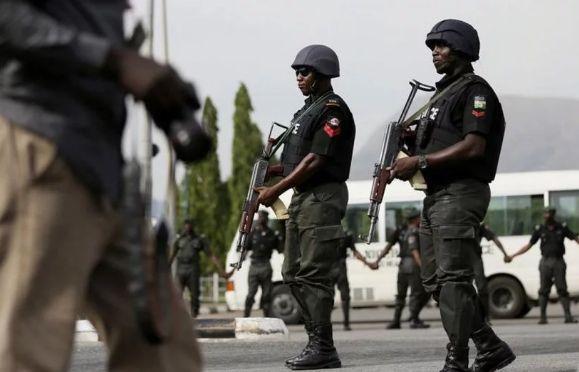 11 Feared Dead As Police, Armed Hunters Clash In Ibadan