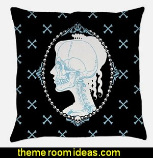 skull cameo pillow