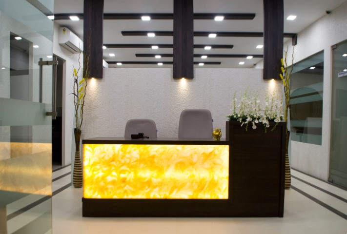 Office shop interior designer mumbai ab studio for Total interior designs inc