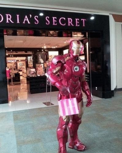 Iron Man Membeli Kado untuk Pepper Potts