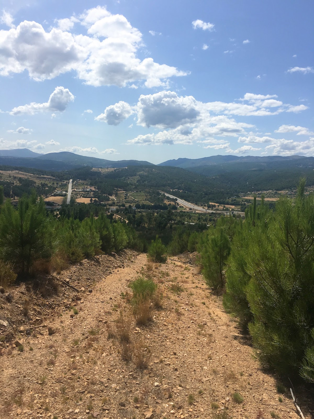 mountain hike north of portugal