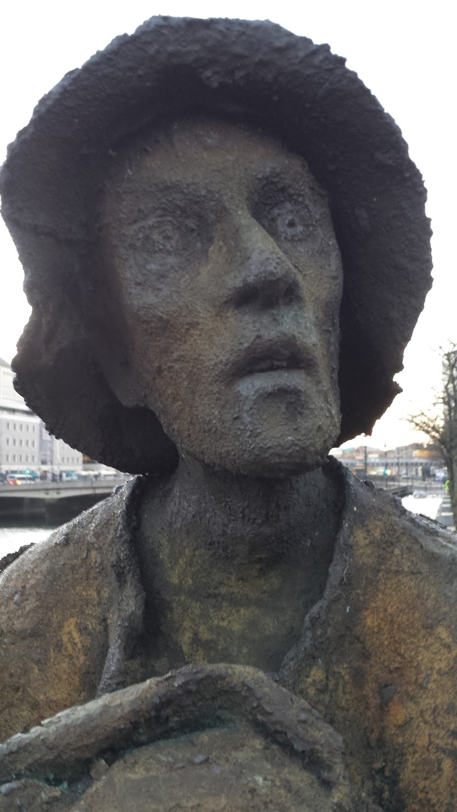 essays on irish famine Writing of the irish famine by marguérite corporaal this essay charts how 19th-century famine literature engaged with the discourses of popular politics.