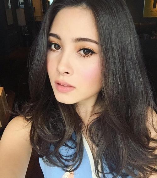 5 màu son thần kỳ giúp cho phụ nữ xinh tươi hơn