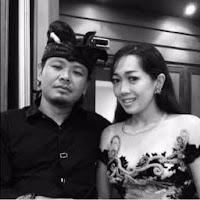 Lirik Lagu Bali Ary Kencana Feat. Neli Ambarawati - Janda Semakin di Depan