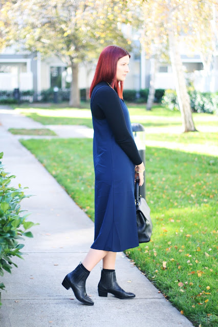 uniqlo midi slip dress, sale, navy dress, fashion blogger