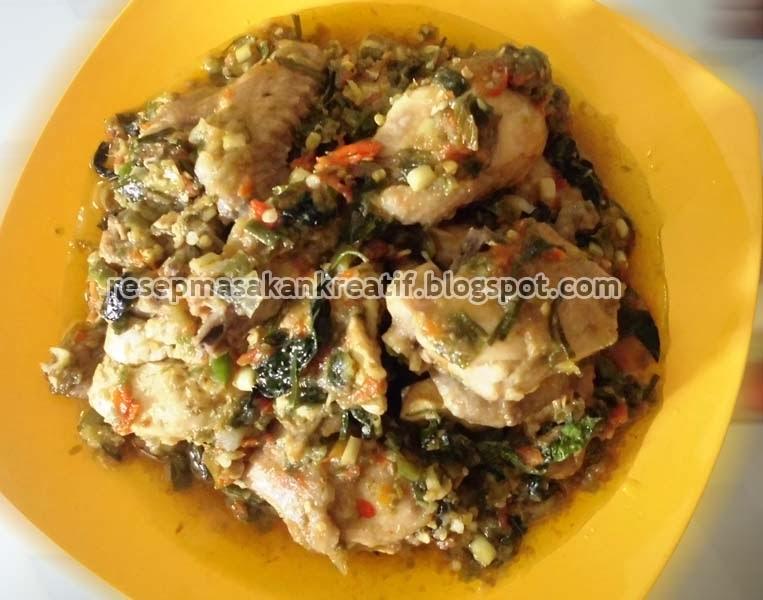 Kembali menyebarkan resep masakan khas nusantara  dan ibarat biasa dengan olahan yang sederh RESEP AYAM RICA RICA ENAK CABE HIJAU