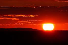Ilmuwan Telah Bisa Membuktikan Kebenaran Peristiwa Terbitnya Matahari Dari Barat - Sagoe Tunong