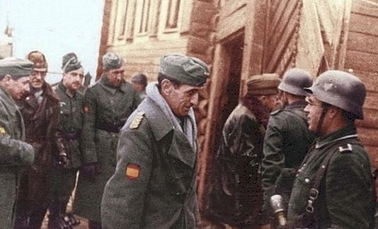 Spanish Blue Division color photos of World War II worldwartwo.filminspector.com