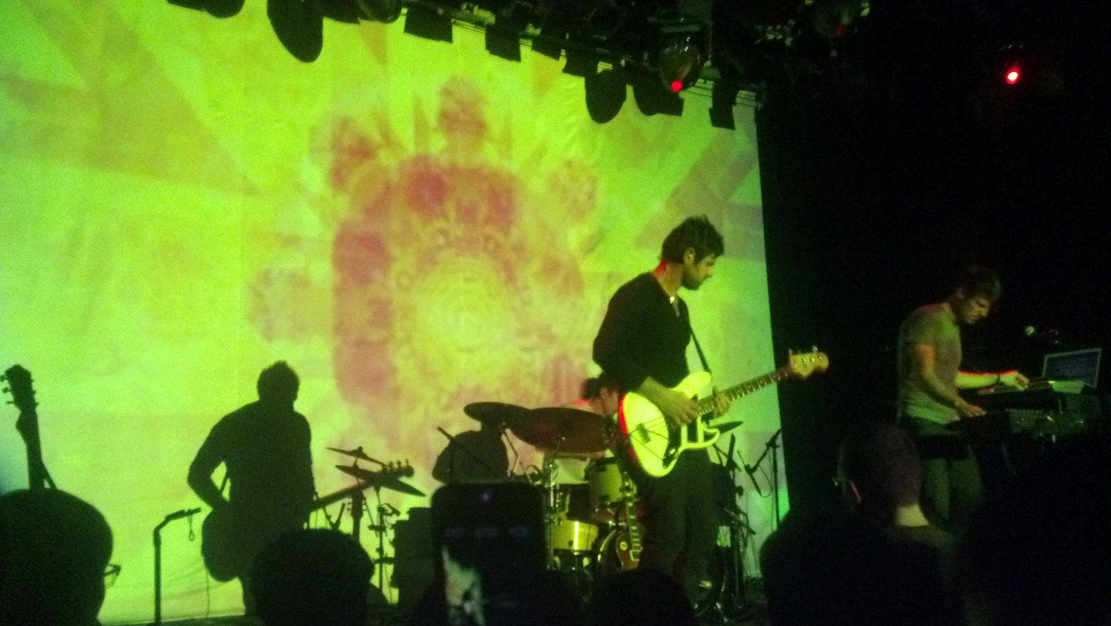 SHOW REVIEW: Tycho w/ Beacon, live at Music Hall Of