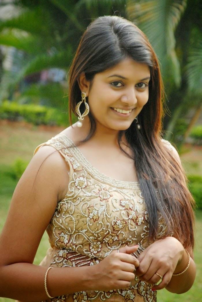 kavya kumar sweet cute actress gallery  shiner