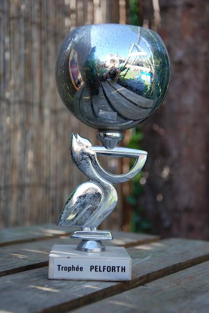 Cram monde Imperial Globe datant datant d'un homme ignorant