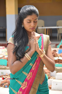 Uyirkkodi Tamil Movie Stills  0023.jpg