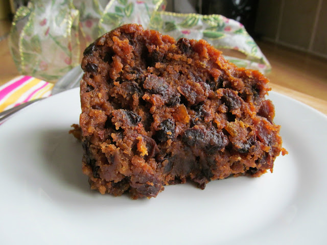 Old English Dark Fruit Cake Receta