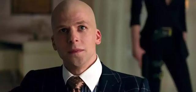 'Liga da Justiça': Jesse Eisenberg diz estar muito feliz por Zack Snyder