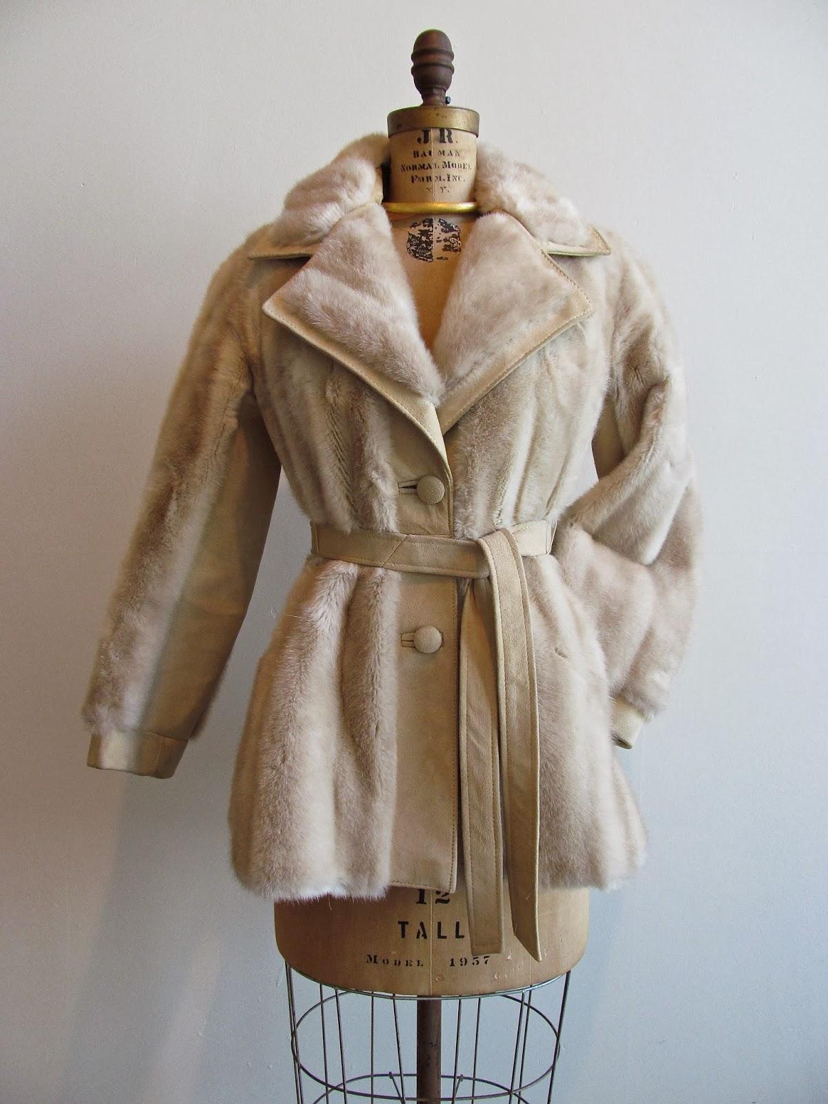 60 S Lilli Ann London Leather Suede Faux Blonde Mink Fur