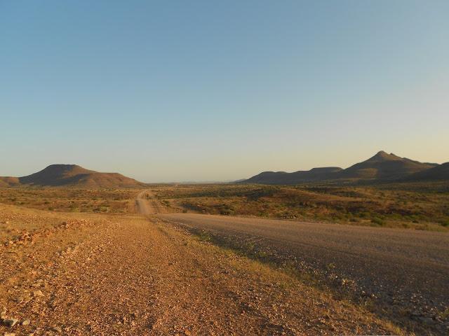 unendliche-weiten-in-namibia