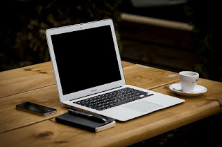 Lebih Menguntungkan Menulis Di Blog Sendiri Atau Menjadi Kontributor Situs Besar