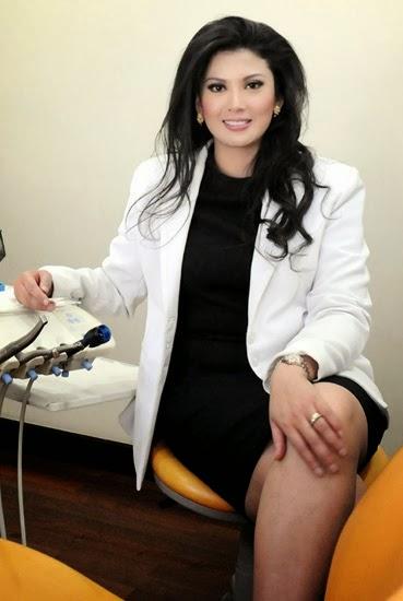 9 Dokter tercantik di Indonesia